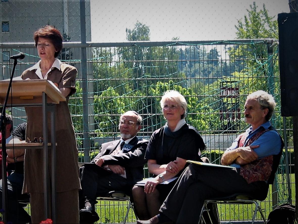 Annemarie Huber-Hotz - Eröffnungsrede der ersten Fête KultuRel 2002
